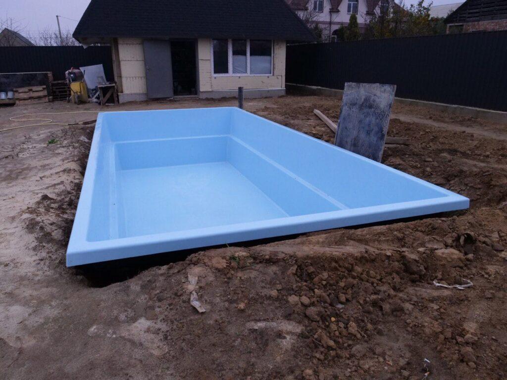 Установленный бассейн в г.Киеве