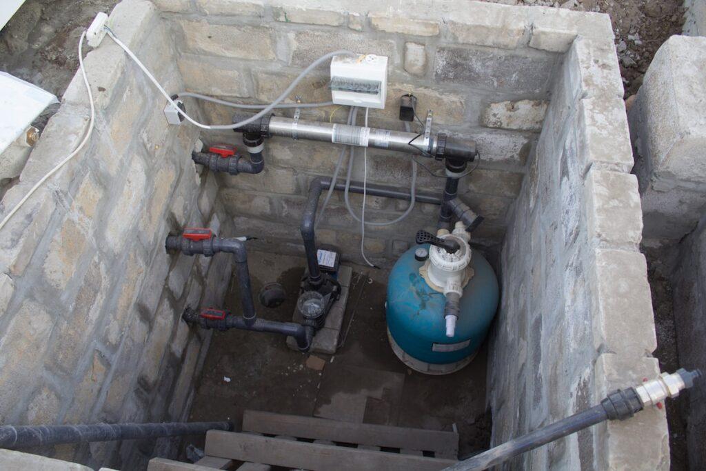 Оборудование для композитного бассейна