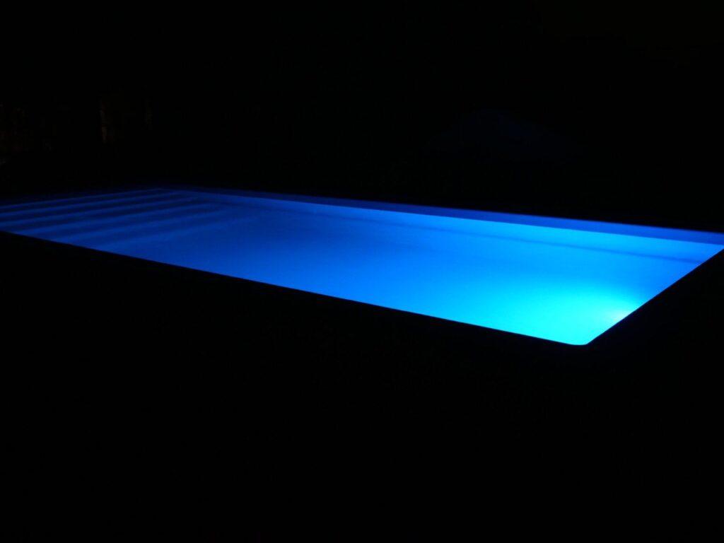 Настройка RGB подсветки в бассейне