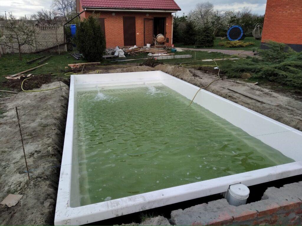 Проверка систем оборудования для бассейна