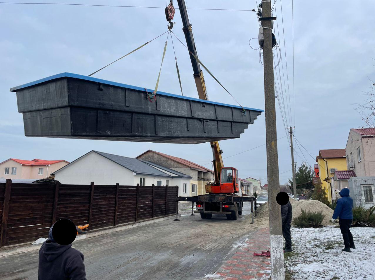 Монтаж композитного бассейна 11 метров